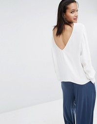 Блузка с глубоким вырезом сзади Just Female Essie - Белый