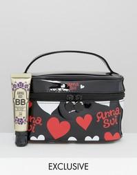 BB-крем для сияния кожи с косметичкой в подарок Anna Sui эксклюзивно д
