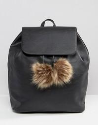 Рюкзак с помпонами из искусственного меха Glamorous Simple - Черный