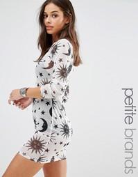 Сетчатое платье со звездным принтом эксклюзивно для Missguided Petite
