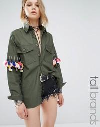 Рубашка в стиле милитари с помпонами и монетками Glamorous Tall - Хаки