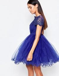 Синее платье для выпускного из кружева и сеточки Laced In Love