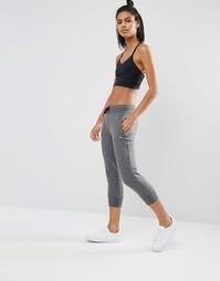Темно-серые спортивные штаны длиной 3/4 Only Play - Темно-серый меланж