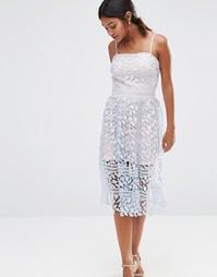 Кружевное платье миди Boohoo Exclusive - Светло-голубой