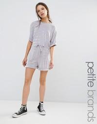 Облегающие шорты Boohoo Petite - Серебряный