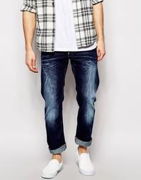 Прямые умеренно выбеленные джинсы c низкой посадкой G Star Attacc Atta