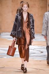 Норковое пальто Alena Akhmadullina