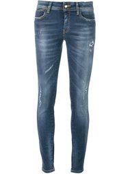джинсы с вышивкой  Just Cavalli