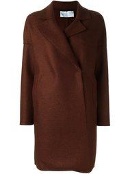 классическом пальто  Harris Wharf London
