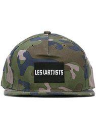 камуфляжная кепка с логотипом Les (Art)Ists