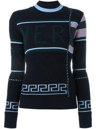 свитер с контрастным логотипом Versace
