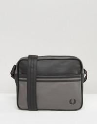 Парусиновая сумка почтальона с покрытием Fred Perry - Черный