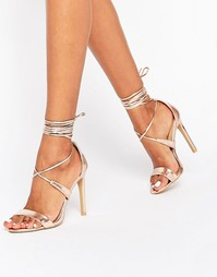 Золотистые сандалии на каблуке с завязкой вокруг щиколотки True Decade