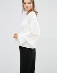 Свитер вязки косичкой с оборками на рукавах Style Mafia Stella - Белый