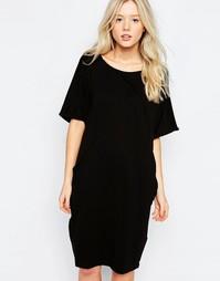 Трикотажное платье с короткими рукавами b.Young - Черный