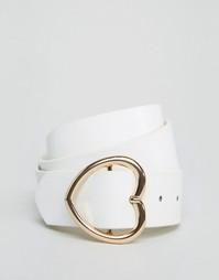 Ремень с пряжкой в форме сердца ASOS - Белый