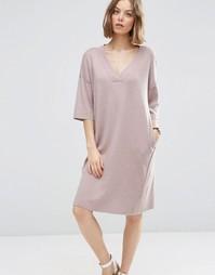 Платье-джемпер с V-образным вырезом из пряжи с добавлением шелковой ни Asos