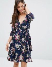 Платье с запахом и цветочным принтом Yumi - Темно-синий