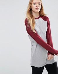 Удлиненная футболка с контрастными рукавами ASOS