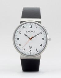 Часы с черным кожаным ремешком Skagen Ancher SKW6024 - Черный