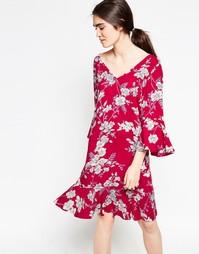Платье с цветочным принтом Minimum Era - Насыщенный красный