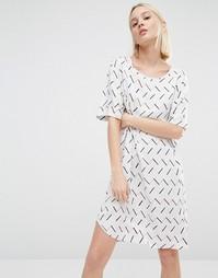 Цельнокройное платье с графическим принтом ADPT - Мульти