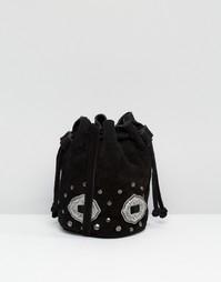 Замшевая сумка дафл с металлической отделкой в стиле вестерн ASOS