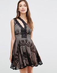 Платье с юбкой-клеш Stylestalker Elliot - Черный