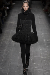 Платье со стеклярусом Valentino
