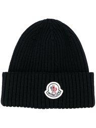 шапка-бини в рубчик  Moncler
