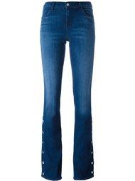 слегка расклешенные джинсы  J Brand