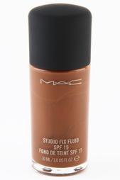 Жидкая тональная основа Mac