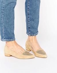 Кожаные туфли на плоской подошве с острым носком Ravel - Рыжий