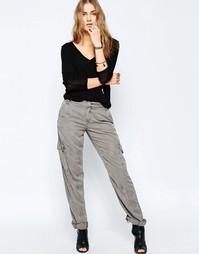 Серые брюки в стиле милитари Blank NYC For Sure - Серый