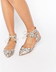 Туфли на плоской подошве Carvela Marley Ghillie - Beige comb synthetic