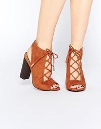 Сандалии на блочном каблуке с шнуровкой Truffle Collection Vela