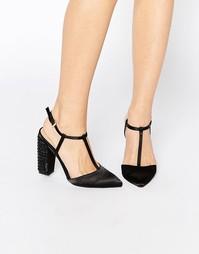 Туфли на каблуке с Т‑образным ремешком и острым носком Little Mistress