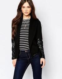 Куртка с рукавами в кожаном стиле Wal G - Черный