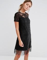 Кружевное платье с кисточками и короткими рукавами Girls On Film