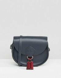 Небольшая сумочка с кисточками The Cambridge Satchel Company