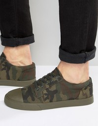 Парусиновые камуфляжные кеды на шнуровке со вставкой на носке ASOS