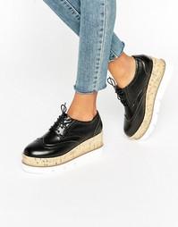 Туфли на шнурках и платформе ASOS OLIVE - Черный