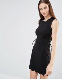 Платье мини со шнуровкой по бокам и люверсами Lavish Alice - Черный