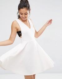 Пышное платье миди с кружевными вставками сбоку ASOS - Телесный