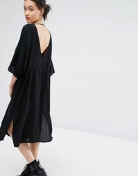 Платье с глубоким вырезом сзади Just Female Essie - Черный