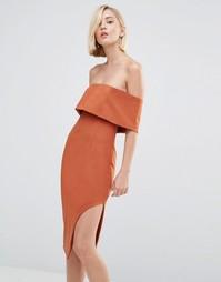 Асимметричное платье миди с глубоким лифом-бандо Lavish Alice