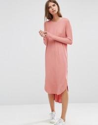 Свободное платье в рубчик с асимметричным краем ASOS - Телесный