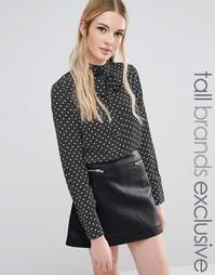Блузка в горошек с завязкой у горловины Fashion Union Tall