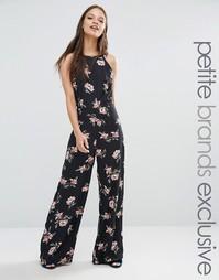 Комбинезон с высокой горловиной и цветочным принтом Fashion Union Peti