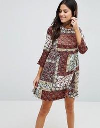 Цельнокройное платье с принтом Love & Other Things - Red wine
